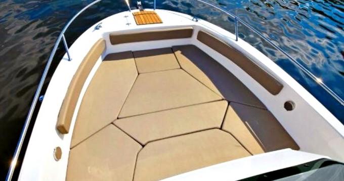 Boat rental Atlantic ATLANTIC 750 in Zadar on Samboat