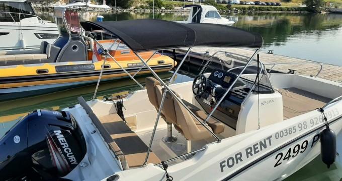 Rental yacht Pula - Quicksilver Activ 605 Open on SamBoat