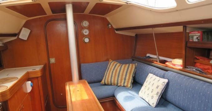 Rental yacht Port Ginesta - Bénéteau Oceanis 320 on SamBoat