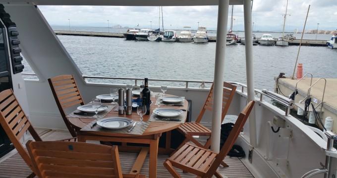 Rental Yacht Eider Marine with a permit