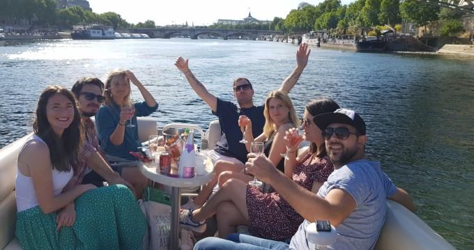Boat rental Paris cheap TRAVERSE 750