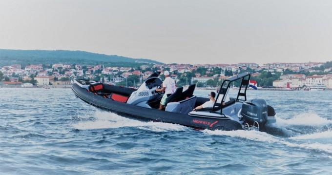 Boat rental  Highfield Sport 760 in Omišalj on Samboat