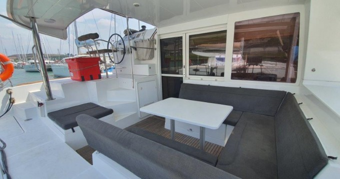 Boat rental Phuket Yacht Haven Marina cheap Lagoon 400 S2
