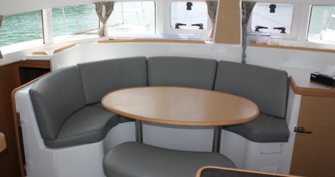 Rental yacht Phuket Yacht Haven Marina - Lagoon Lagoon 380 on SamBoat