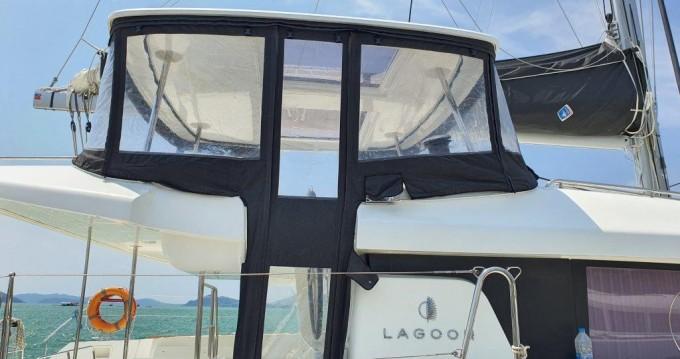 Boat rental Phuket Yacht Haven Marina cheap Lagoon 450 Sport Top
