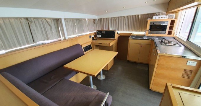 Rental yacht Phuket Yacht Haven Marina - Lagoon Lagoon 400 S2 Premium on SamBoat