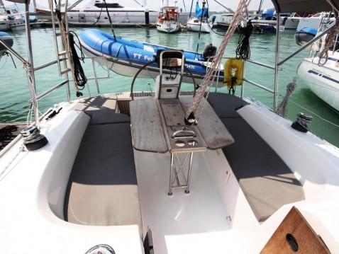 Boat rental Bavaria Bavaria 33 Cruiser in Phuket Yacht Haven Marina on Samboat