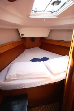 Rental yacht Phuket Yacht Haven Marina - Jeanneau Sun Odyssey 40 on SamBoat