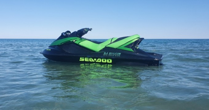 Jet Ski for rent Frontignan at the best price