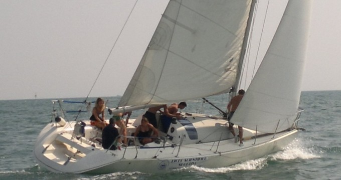 Rental Sailboat in Sottomarina - Jeanneau One Design 35