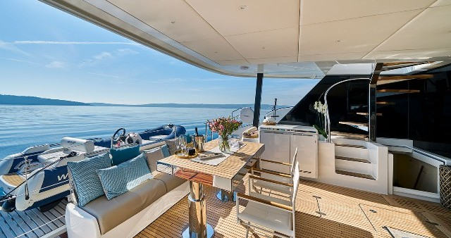 Rental Catamaran in Rogoznica - Sunreef Sunreef 60