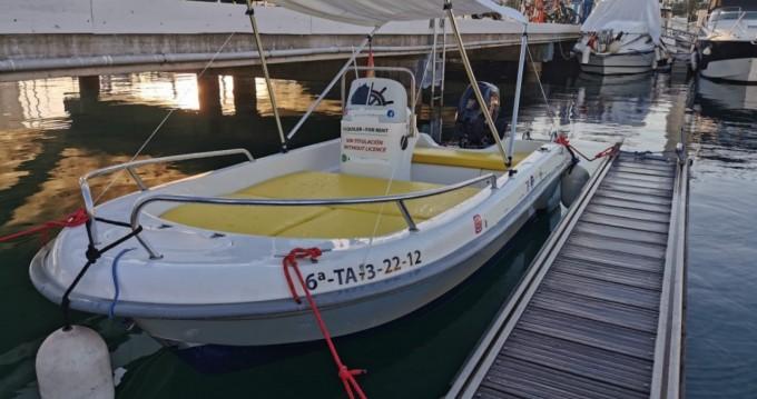 Rental yacht Port de Alicante - Astillero Fiber 400 on SamBoat