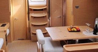 Rental Sailboat in Porto di Balestrate - Dufour Dufour 560 Grand Large
