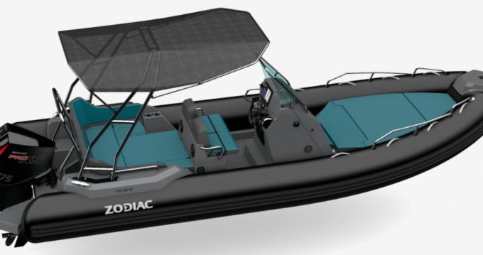 Rental yacht Port-Haliguen - Zodiac Medline 680 on SamBoat
