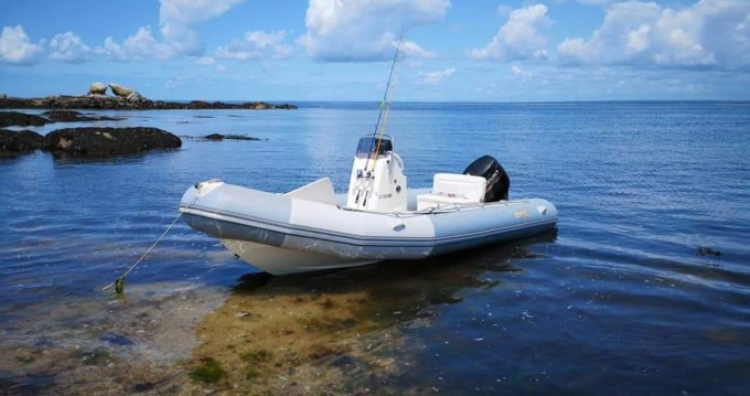 Boat rental Bombard Ribster 550 in Riec-sur-Bélon on Samboat