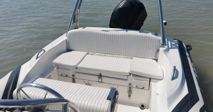 Hire RIB with or without skipper Zar Rivedoux-Plage