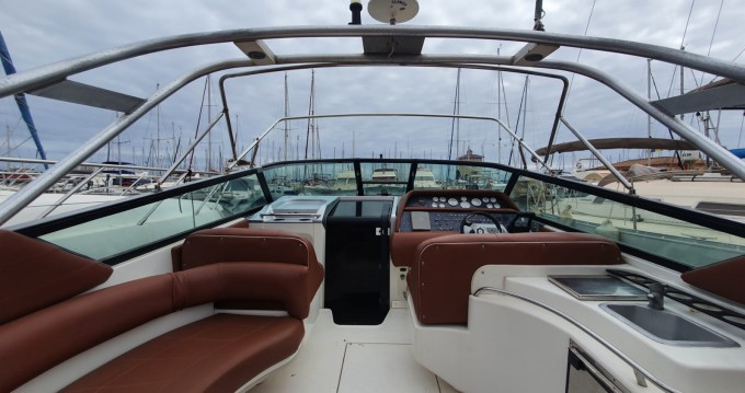 Boat rental Sea Ray Sea Ray 390 in Ibiza Town on Samboat