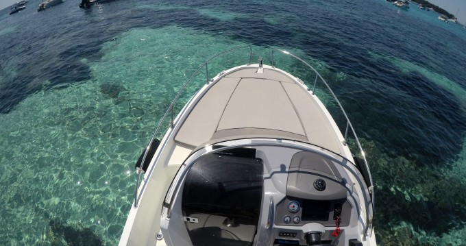 Rental yacht Mandelieu-la-Napoule - Jeanneau Cap Camarat 6.5 CC Style on SamBoat