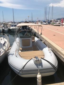 Boat rental Zodiac Medline 660 in Antibes on Samboat