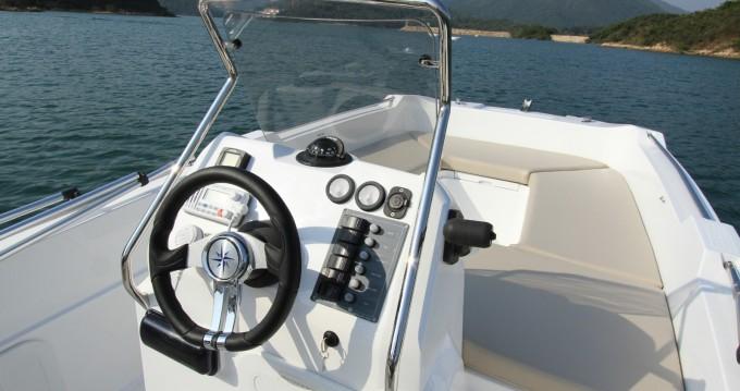 Rental Motorboat in Palma de Mallorca - V2 BOATS 5.0 SPORT