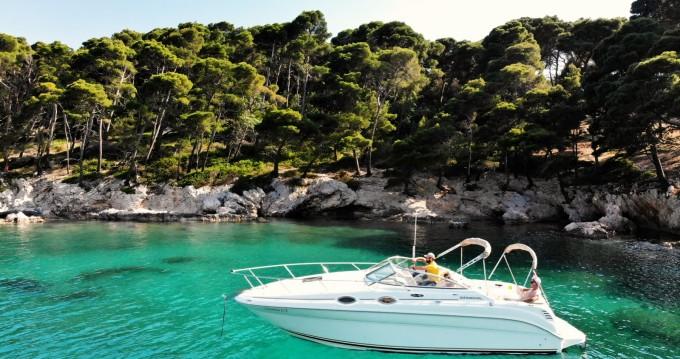 Rental yacht Dubrovnik - Sea Ray Sundancer 265 on SamBoat