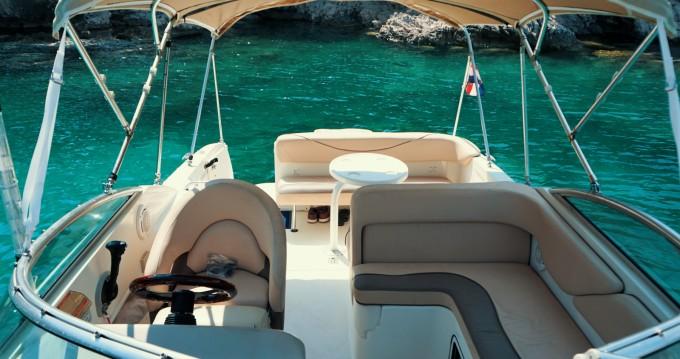 Boat rental Dubrovnik cheap Sundancer 265