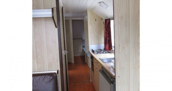Canal boat for rent Cahors at the best price