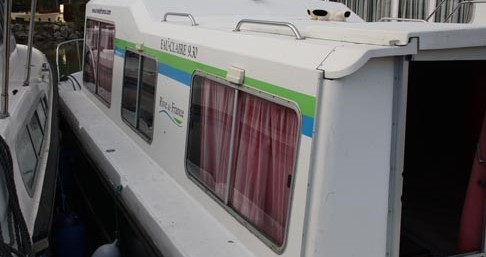 Rental Canal boat Low Cost with a permit