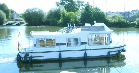 Rental Canal boat in Agde - Low Cost Eau Claire 930 Fly