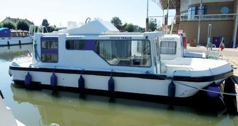 Boat rental Pontailler-sur-Saône cheap Espade 850 Fly
