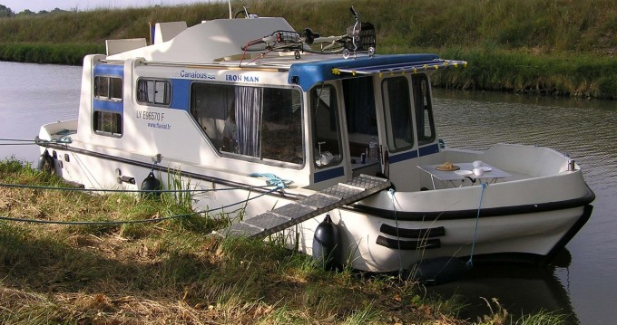 Rental Canal boat in Pontailler-sur-Saône - Low Cost Espade 850 Fly
