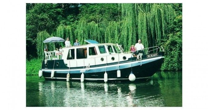 Classic Linssen Vlet 1030 between personal and professional Pontailler-sur-Saône