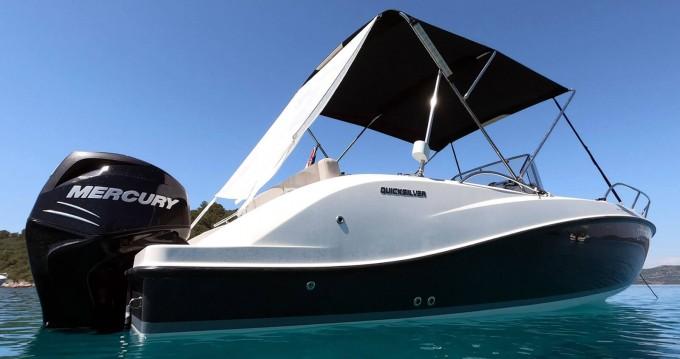 Boat rental Zadar cheap Activ 675 Open