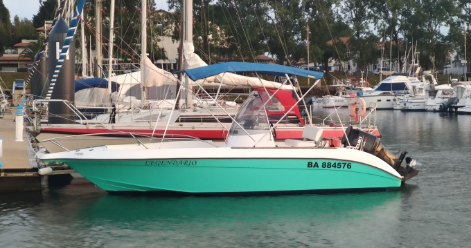 Hire Motorboat with or without skipper Bénéteau Anglet