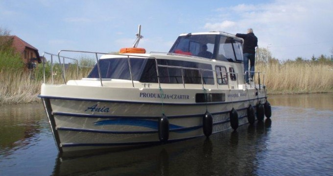 Rental yacht Gmina Ślesin - Low Cost Vistula Cruiser 30 SE on SamBoat