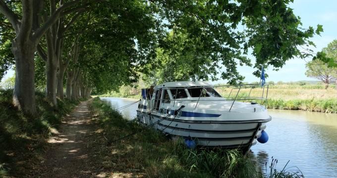 Rent a Premium Tarpon 37 DP Pontailler-sur-Saône