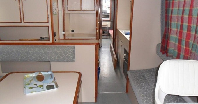 Hire Canal boat with or without skipper Low Cost Redon