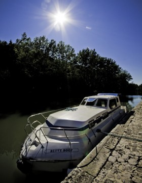 Hire Canal boat with or without skipper Classic Agde