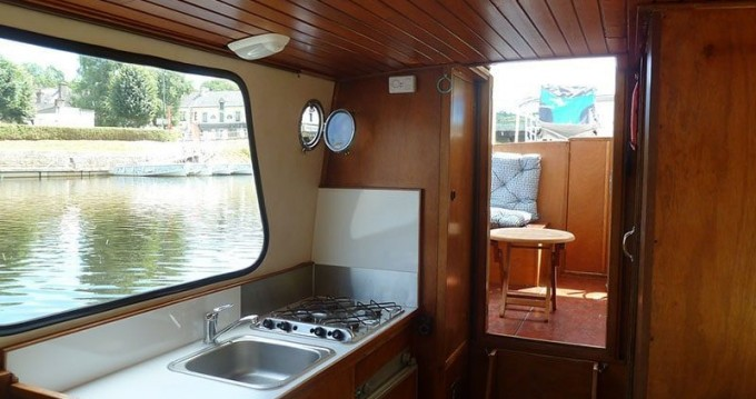 Hire Canal boat with or without skipper Classic Saint-Nicolas des Eaux