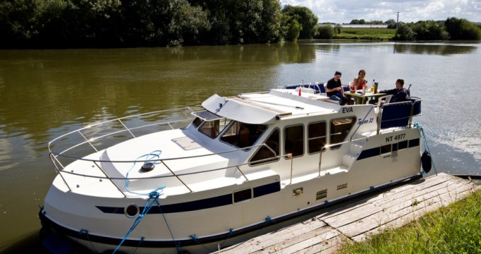 Rental Canal boat in Luzech - Classic Tarpon 32