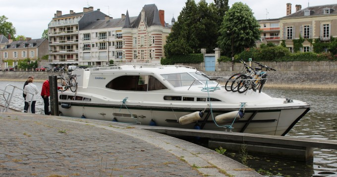 Rental Canal boat in Homps - Classic Haines Rive 40