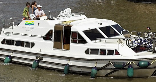 Rental Canal boat in Pontailler-sur-Saône - Classic Haines Rive 40