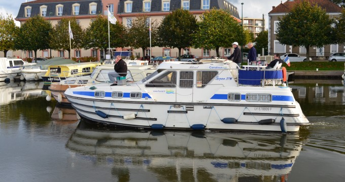 Hire Canal boat with or without skipper Classic Pontailler-sur-Saône