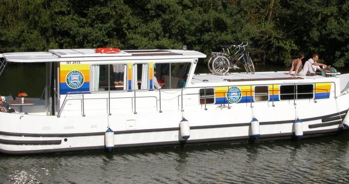 Boat rental Agde cheap Penichette 1260 R