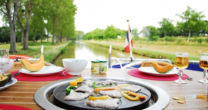 Hire Canal boat with or without skipper Premium Pontailler-sur-Saône