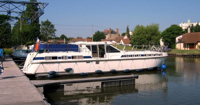 Boat rental Digoin cheap Tarpon 49 QP