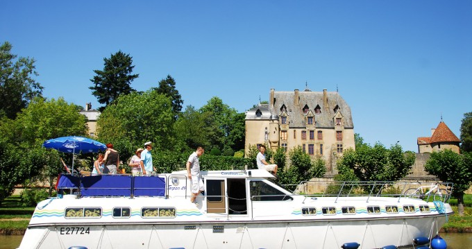 Hire Canal boat with or without skipper Premium Carcassonne