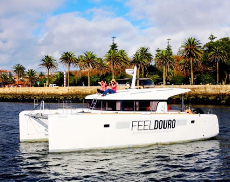 Boat rental Vila Nova de Gaia cheap Lagoon 39