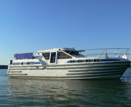 Rental Canal boat in Luzech - Classic Tarpon 42