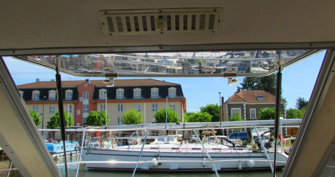 Hire Canal boat with or without skipper Classic Carcassonne